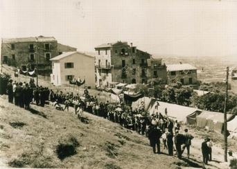 castel-san-lorenzo-_processione salita noele